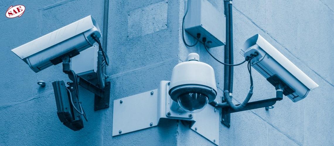 تجهیزات دوربین مدار بسته در سیستمهای نظارتی